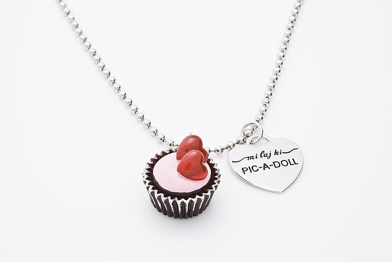 Heart_cupcake_necklace